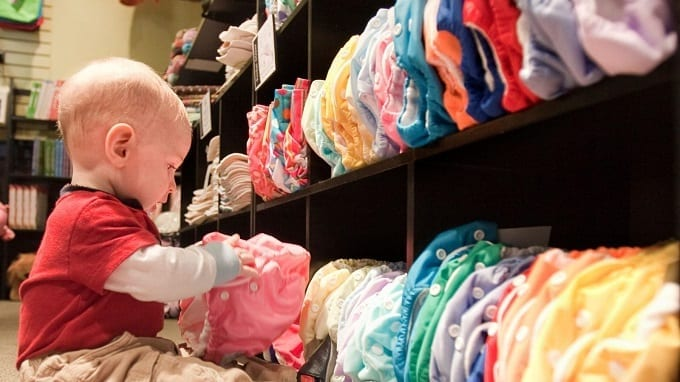 Baby Choosing Cloth Diaper